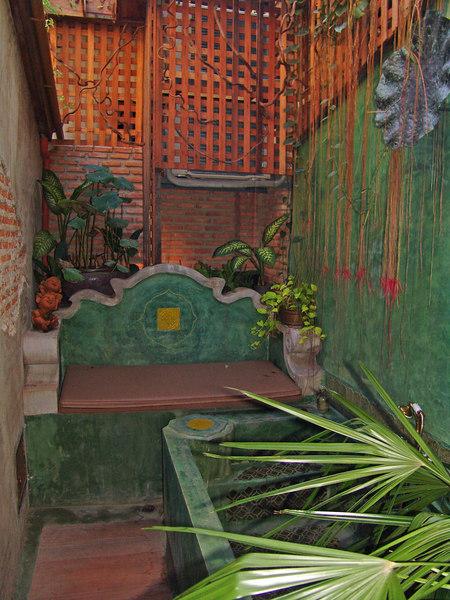 The outside lounge and bath area