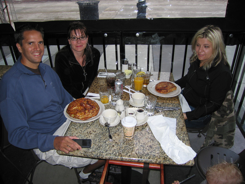 That's an apple pancake in front of Scott, and Kelly is cursing her diabetes
