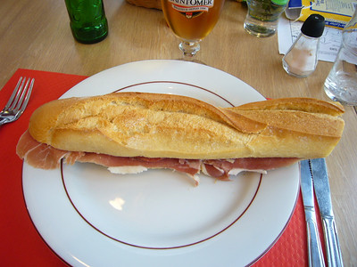 Traditional ham sandwich (Bayonne ham).  Of course I had to enjoy it with a bier (beer).
