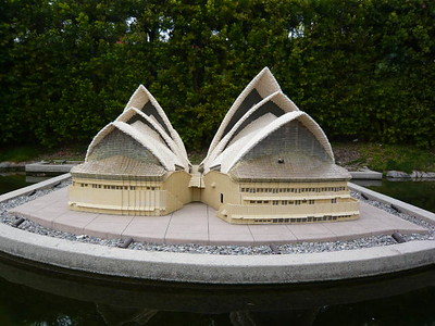 A front view of the Sydney Opera House.
