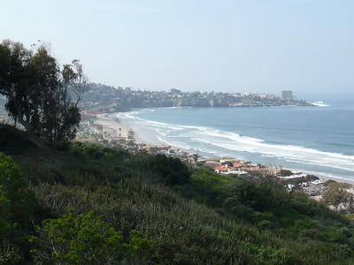 A view of the La Jolla Cove from the Aquarium view point.