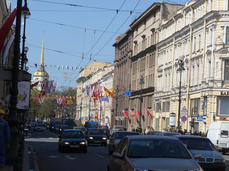 looking northwest on Nevsky Prospekt to the Admiralty spire