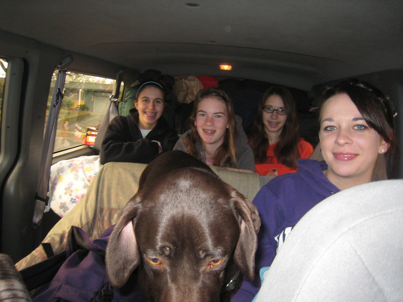Chloe, Maddy, Claire, Nala and Allyn are ready for the drive to Sunriver