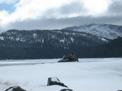2009 Snowmobile Trip (Ryan Beatie)
