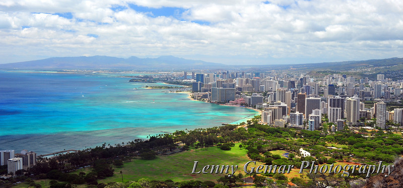 Downtown Honolulu and Waikiki. Yeah, you've seen this view 1,000 times before on postcards, but what makes THIS one special is that I took it. :-)