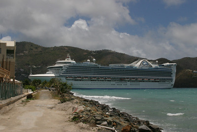 The Emerald Princess was also in St. Thomas along with 5 other large cruise ships.  That's why we decided to go to the more secluded island, St. John.