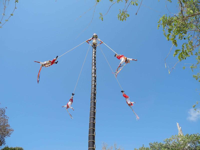 296 Flying men at the Park