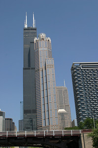 The magnificient Sears Tower (left building)
