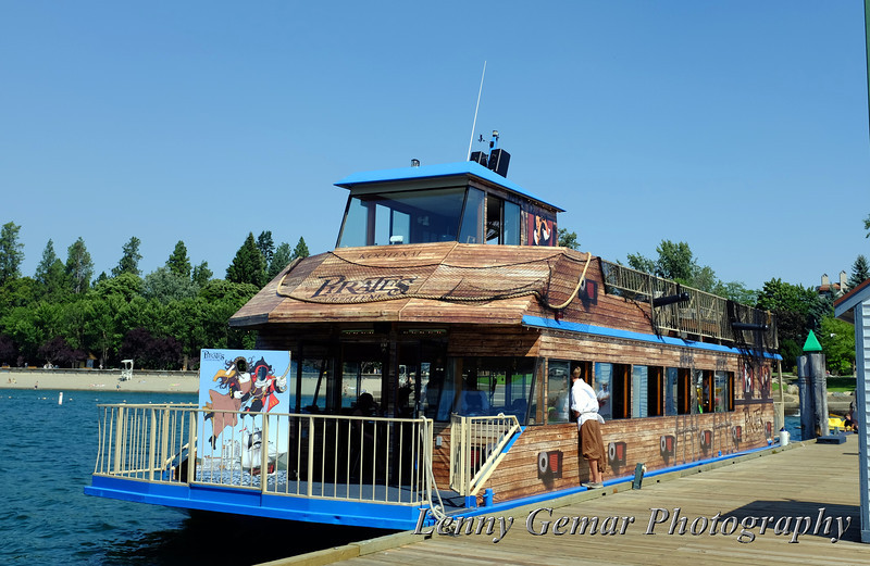 The pirate ship prepares for their afternoon lunch cruise.