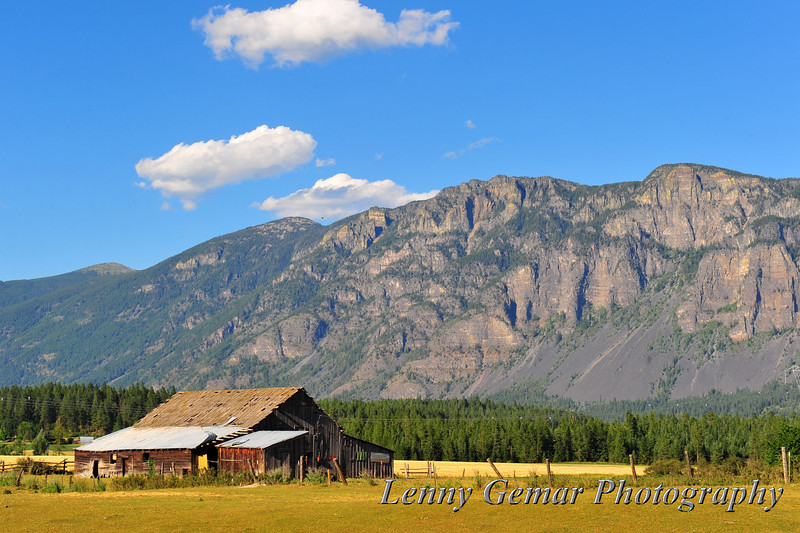 A barn with a view of Mt Thompson in British Columbia, Canada