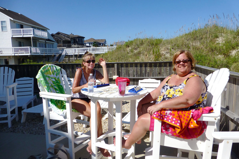 Pam and Susie, livin' the life.