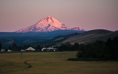 Sunrise, Mt Hood, Balch Hotel