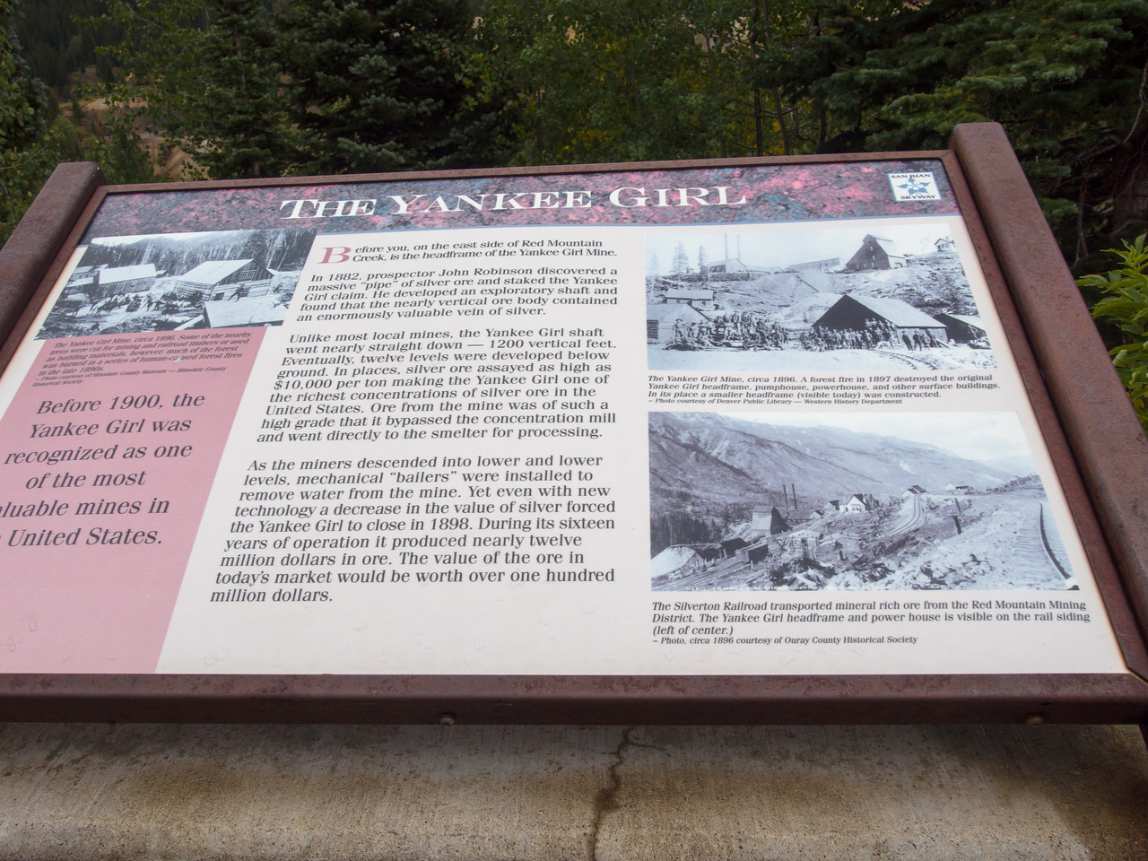 Red Mountain overlook sign
