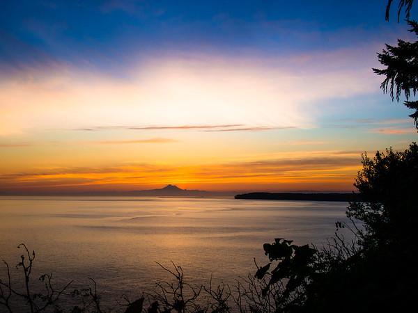 Early Sunrise near Port Angeles