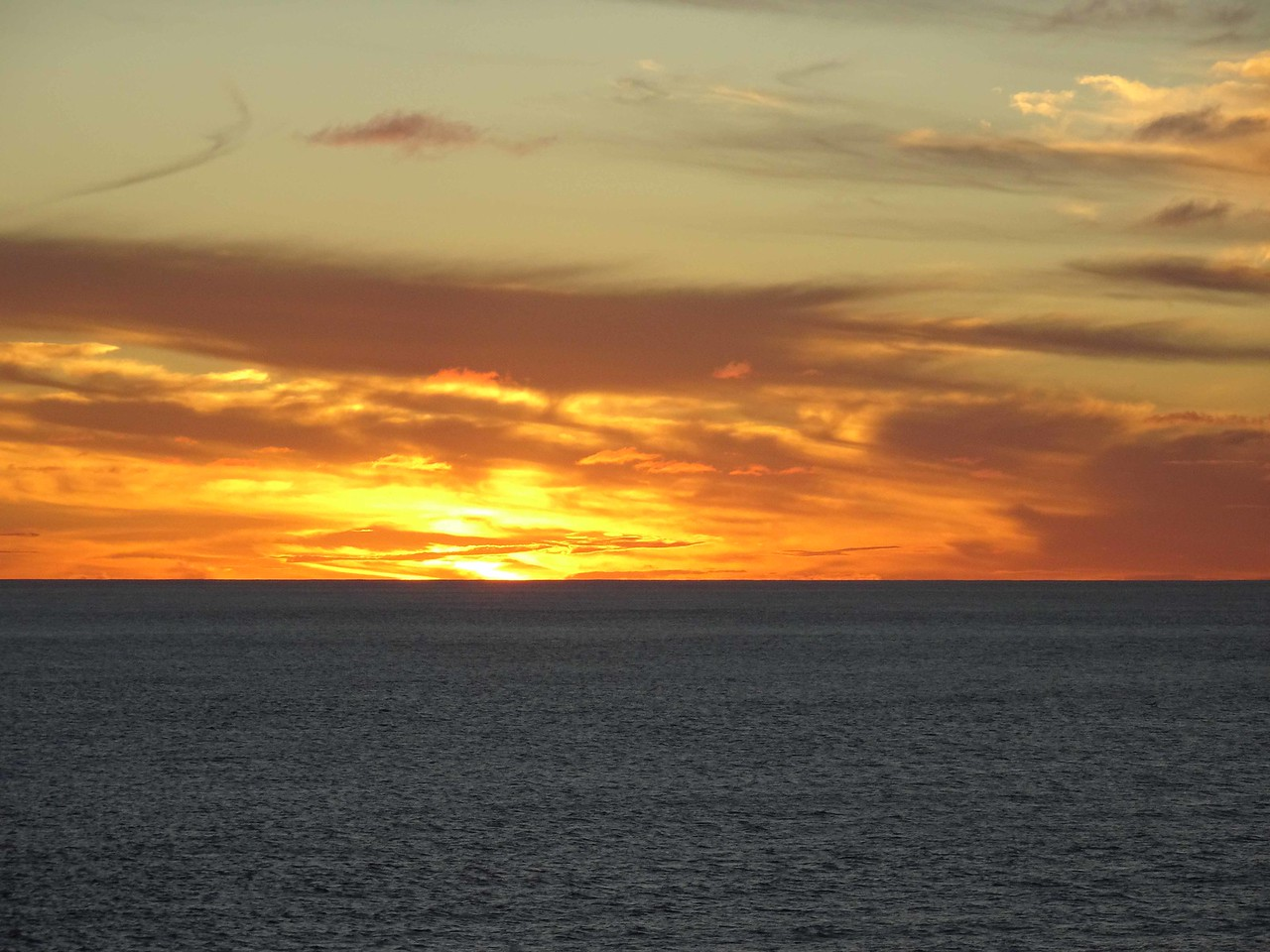 792 Sunset over the Tasmin Sea, April 11