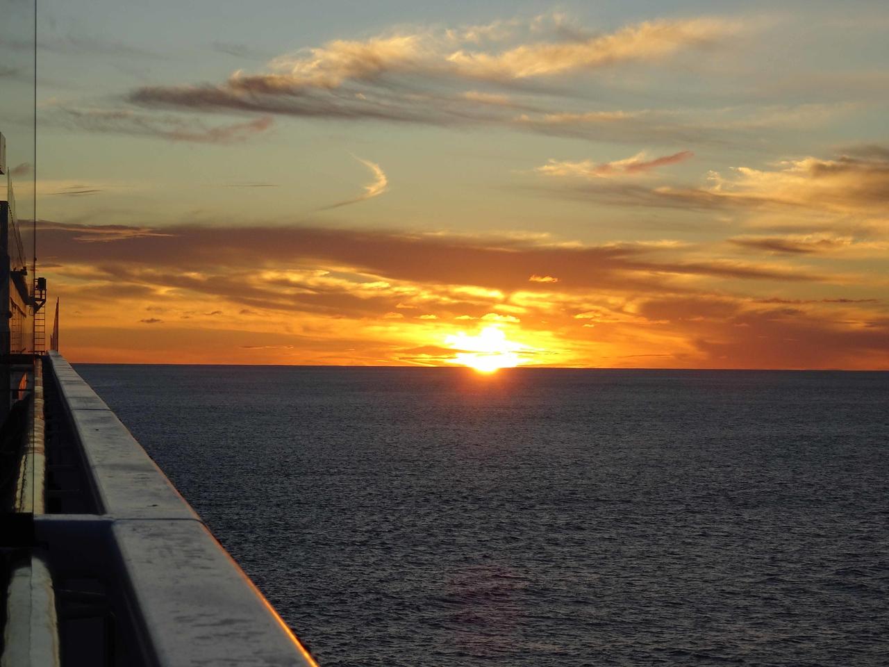 787 Sunset over the Tasmin Sea, April 11