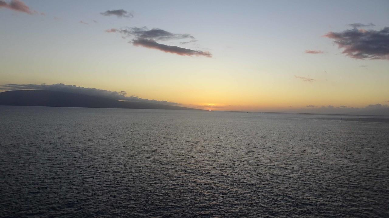 97 Sunset over Lanai
