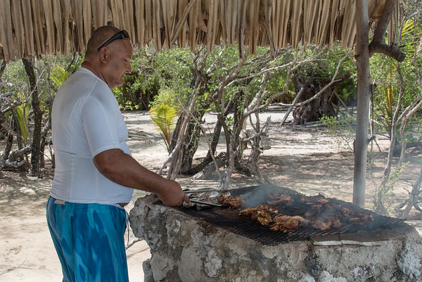 Lunch is cooking - Tahitian BBQ