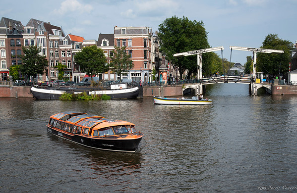Skinny Bridge (Amstel Canal in foreground)