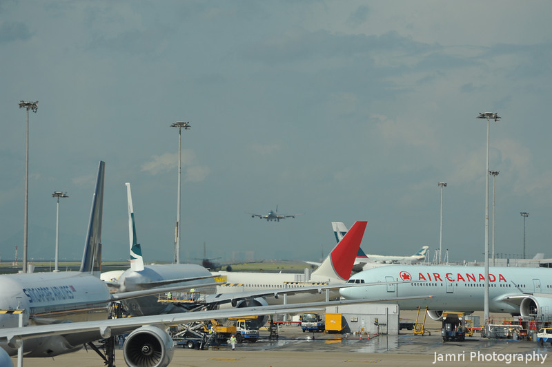 Lots of Planes.<br /> At Hong Kong Airport on my way back to Japan.