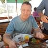 Steve settling into lunch in Stellenbosch