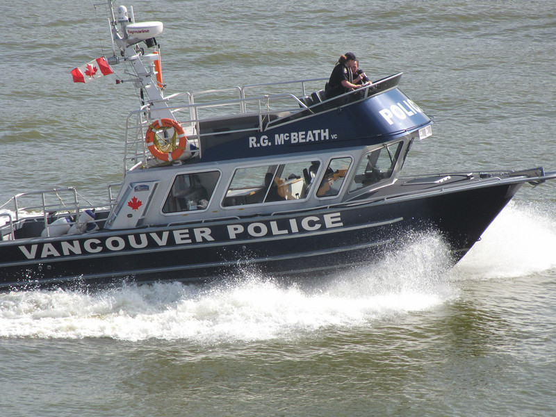 Vancouver Police in a hurry!!