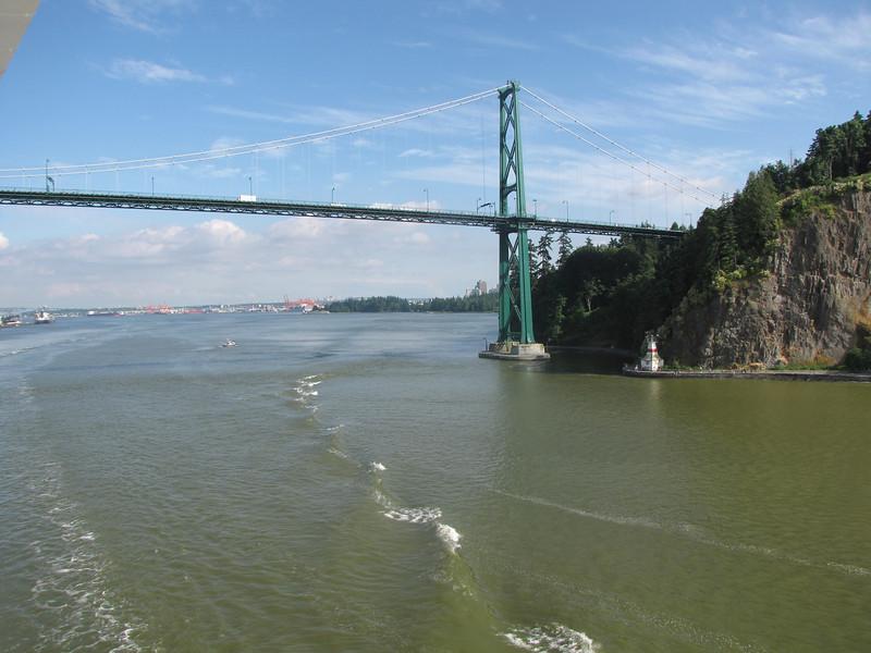 Yes, somehow the huge Disney Wonder fit under this bridge