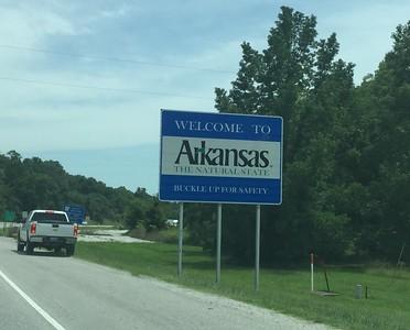"""Welcome to Arkansas"" signage @ Benton County"