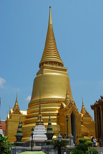 Impressive gold colored structure around the Temple of the Emerald Buddha