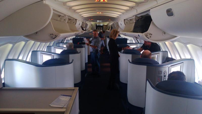 Upper deck 747-400