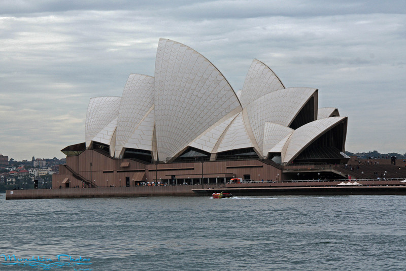 The  opera house. Looks better in the post cards then in person