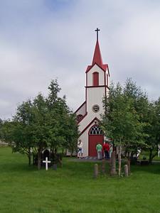Hofskirkja í Vopnafirði