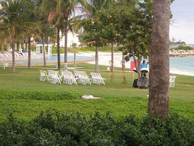 Someone was even having their wedding a little ways down the lawn.