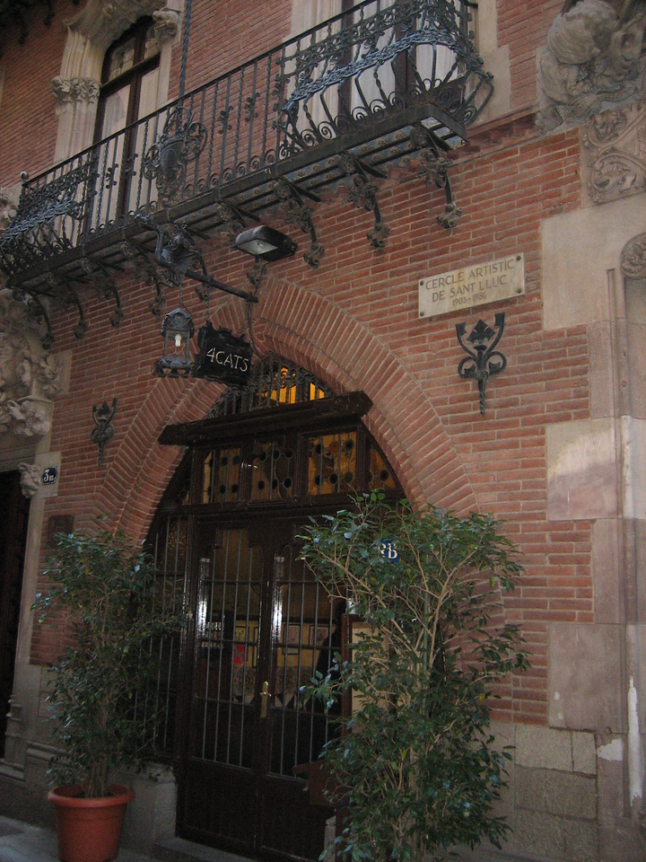 "The cafe <a href=""http://www.virtualtourist.com/travel/Europe/Spain/Catalunya/Barcelona-274654/Restaurants-Barcelona-Les_Quatre_Gats-BR-1.html"">Els Quatre Gats</a> (4 Cats), over a 100 years old and place to all famous writers, celebs and artists"