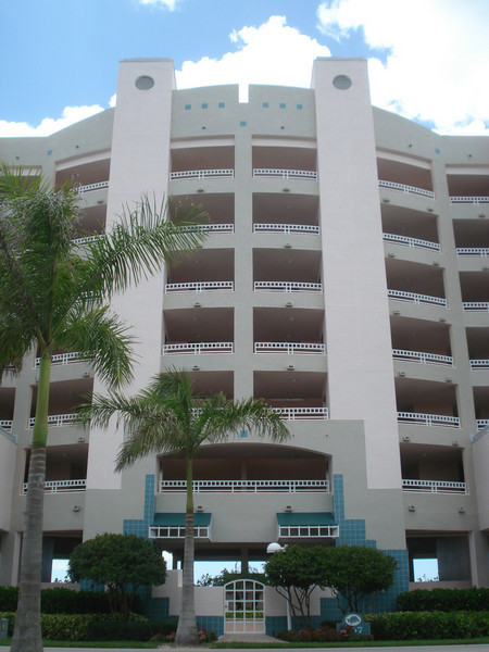 Britt Condo on 6th Floor