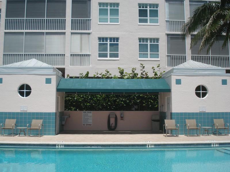 Main Pool Comforts