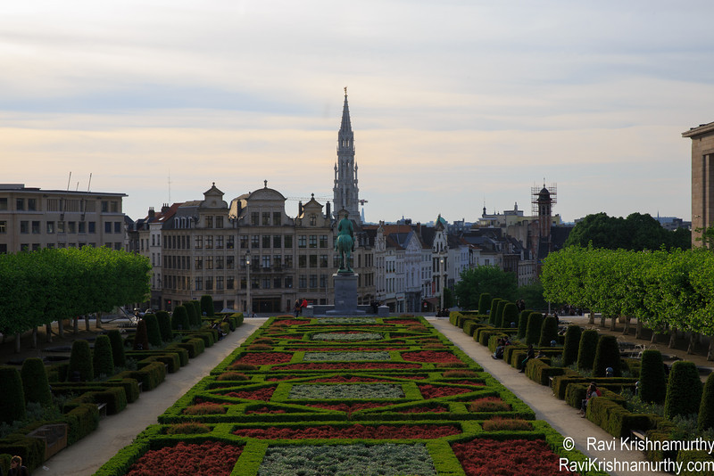 Out again on Friday after a busy week at work to Grand Place. Same nice view. No tents