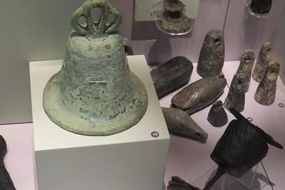 Bronze ship's bell, Canton-Malpas wreck, c  1580s