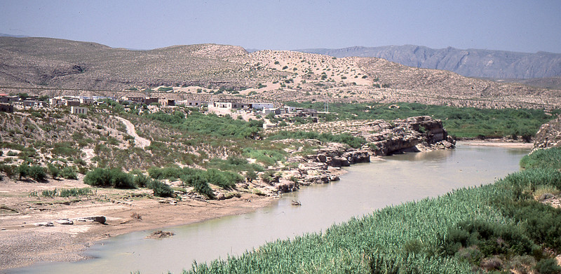 Boquillas City. That's Mexico on the other side of the river. No one crossed the border during my visit at this point.
