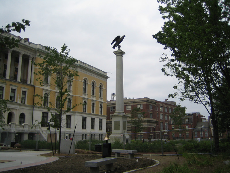 Beacon Hill Monument