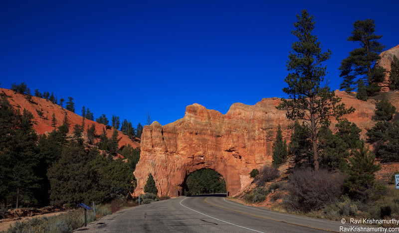 Red Arch road tunnel at Bryce Canyon