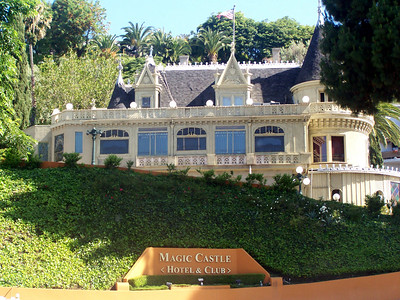 Hollywood: Magic Castle.