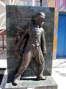 Hollywood: Charlie Chaplin.