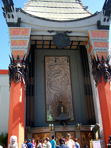 Hollywood: Grauman's Chinese Theatre.