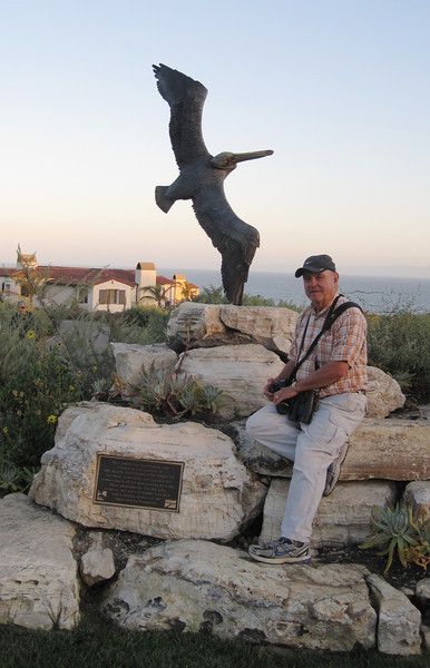 June 22, 2012 (Point Vicente Fishing Access [aka Pelican Cove] / Rancho Palos Verdes, Los Angeles County, California) -- David with local artwork