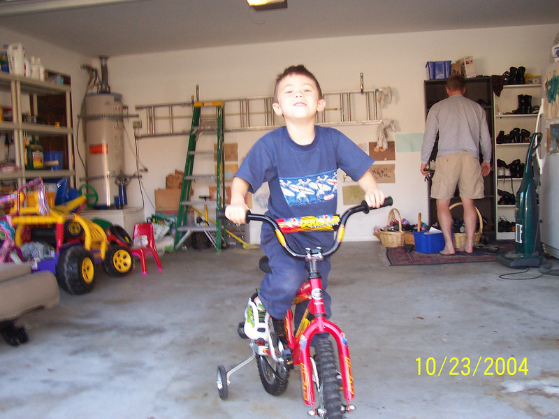 REMEMBER WHEN CAMERON USED TRAINING WHEELS