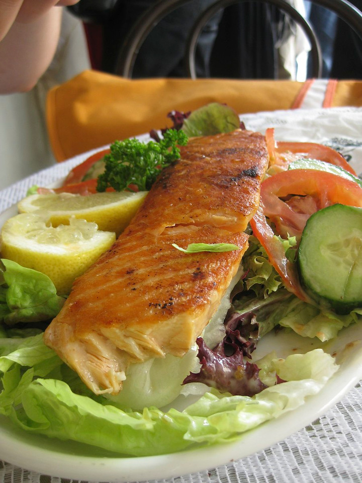 Marianne's salad with Salmon