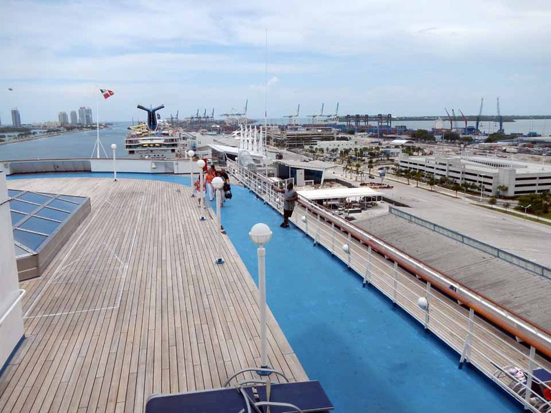 Leaving the Port of Miami.