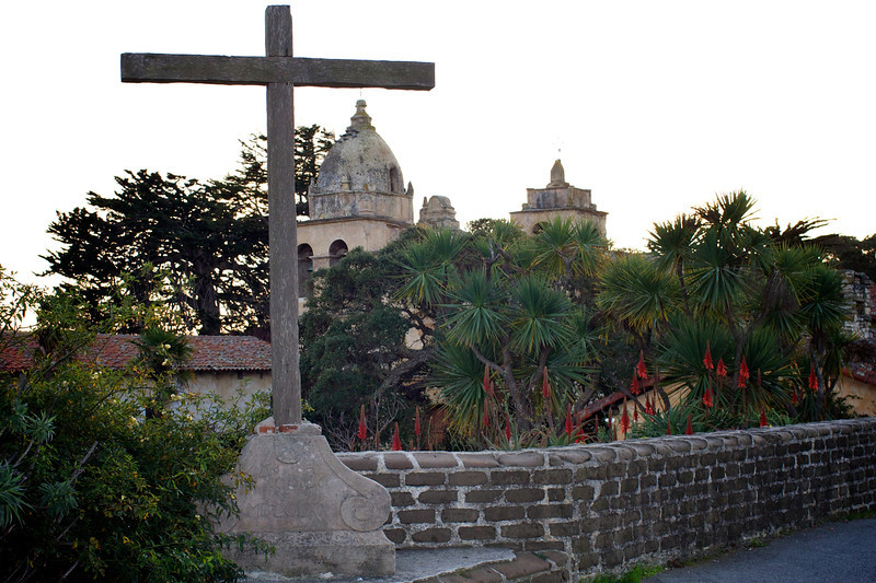 <center>San Carlos Borromeo de Carmelo Mission - Carmel, CA Dec. 27th 2011</center>