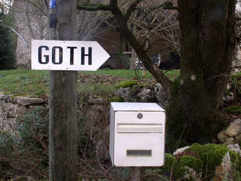 The entrance to Goth